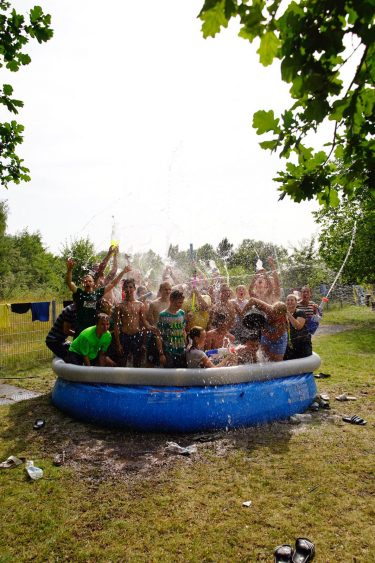 Sommerferien Mit Dem Schalker Fanprojekt Ferien Zu Hause